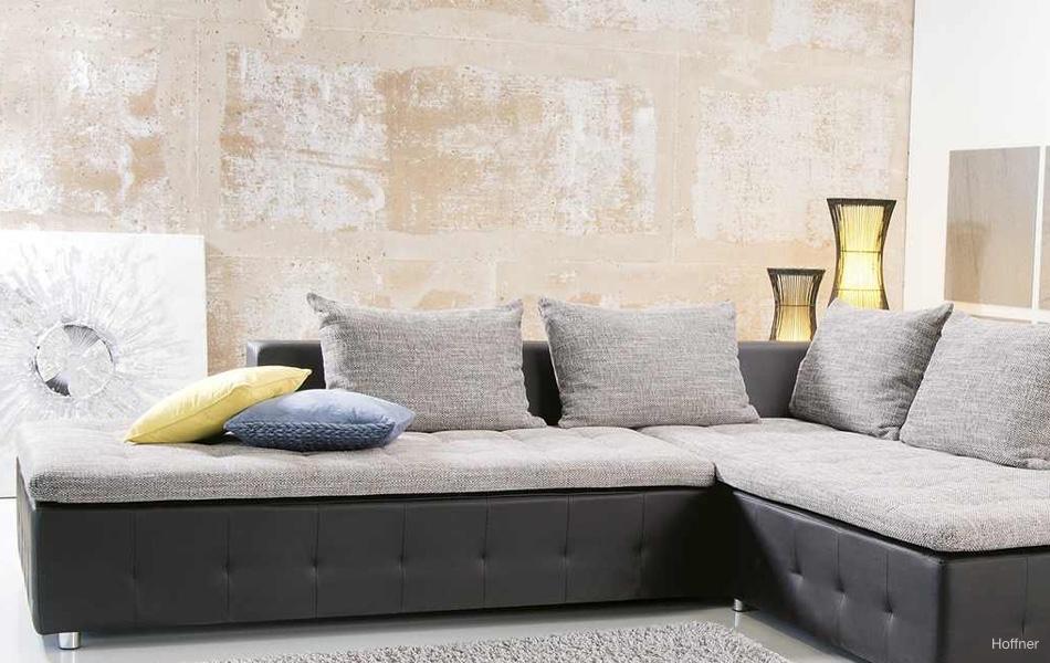 Tapety aj obklady na stenách dodajú bytu šmrnc